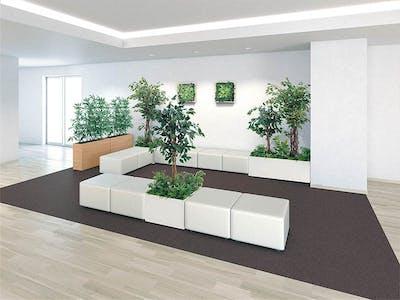 【休憩スペースのコーディネート例】観葉植物に囲まれた癒しの空間作り