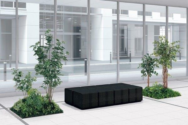 人工樹木のエントランス事例