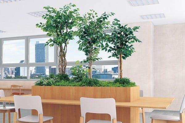 人工樹木のシンボルツリー