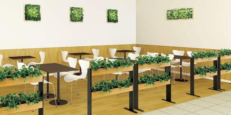 イートインコーナー、フードコート、グリーンスタンド、グリーンパネル、グリーン装飾、グリーン演出、フェイクグリーン